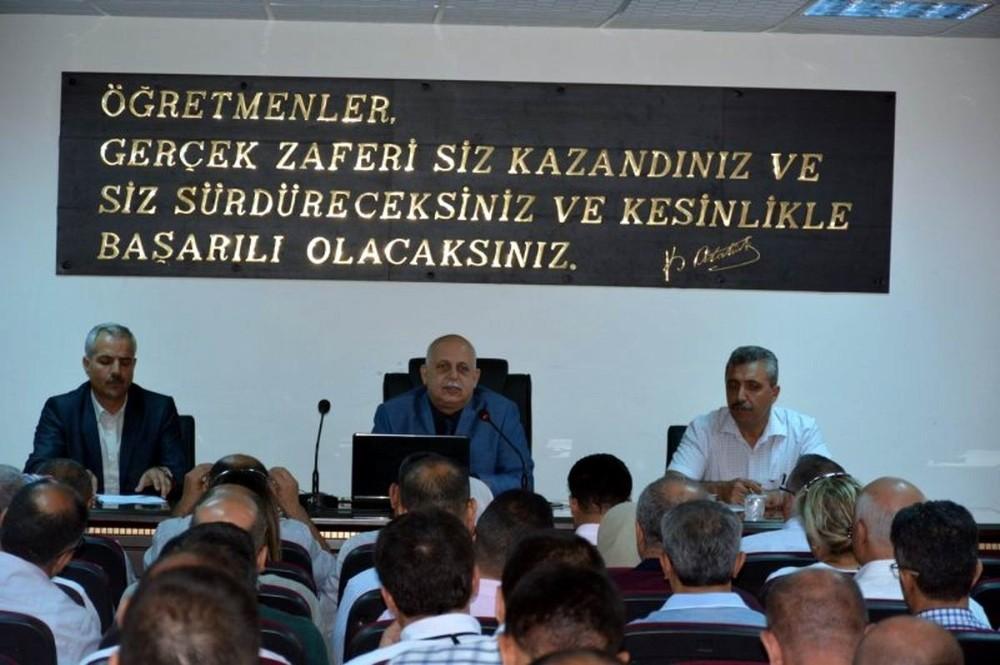 Milli Eğitim Müdürü Yavuz okul müdürleri ile toplantı yaptı