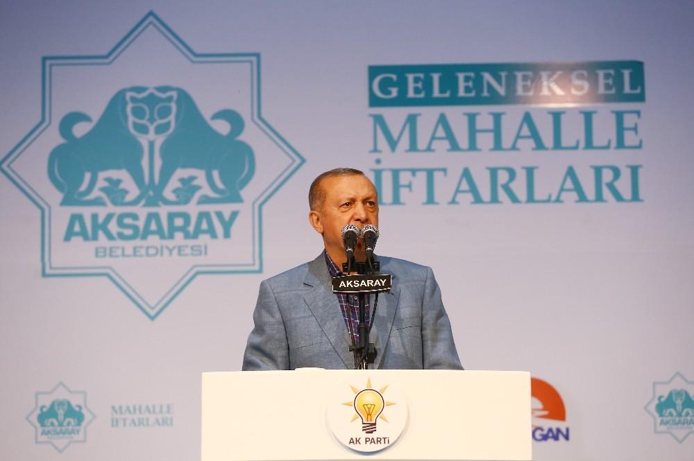 """Cumhurbaşkanı Erdoğan: """"Biz teröristlerin apoletlerini söktük"""""""