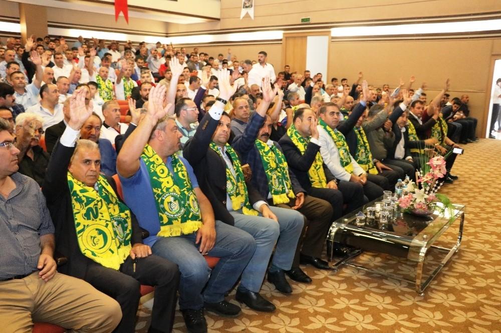 Çiftçi, Şanlıurfaspor yönetimini tebrik etti