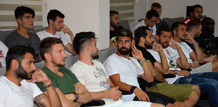 Atiker Konyaspor yeni sezon öncesi toplandı