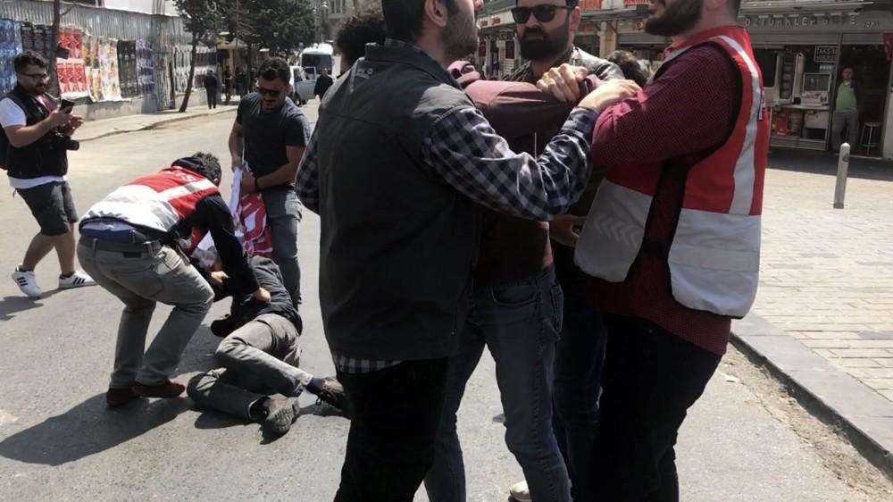 Taksim'de eylem yapmak isteyen 4 kişi gözaltına alındı
