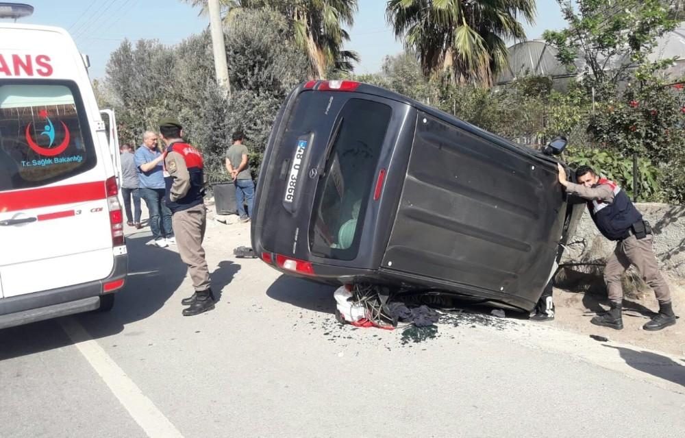 Milas'ta alkollü sürücü kaza yaptı; 1 yaralı