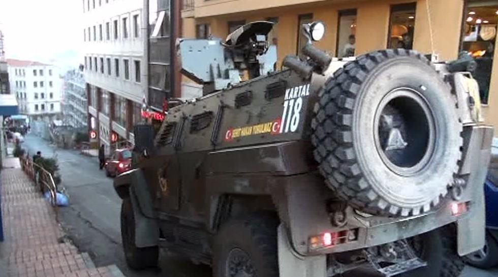 Taksim'de silahlı çatışma: 2 yaralı