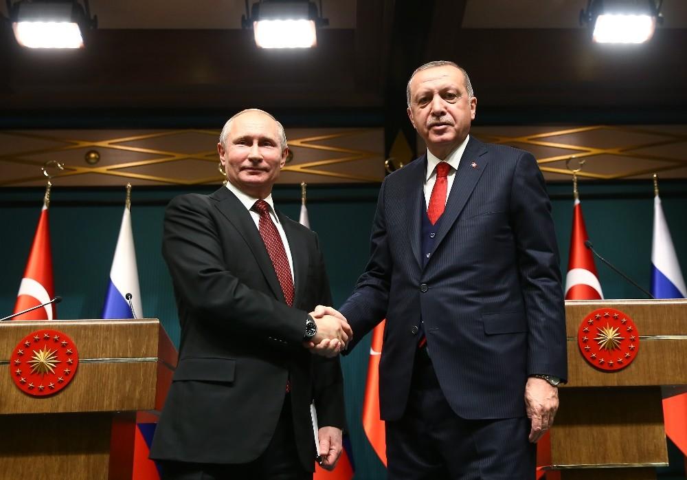 """Cumhurbaşkanı Erdoğan: """"S-400 konusunda anlaşmamızı yaptık, bu defteri kapadık, bitti o iş″"""