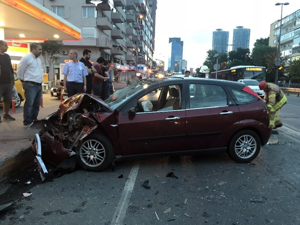 Beşiktaş'ta zincirleme trafik kazası: 4 yaralı
