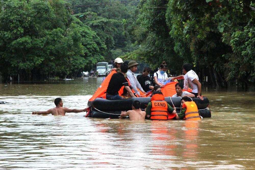 Vietnam'da sel ve toprak kayması: 7 ölü