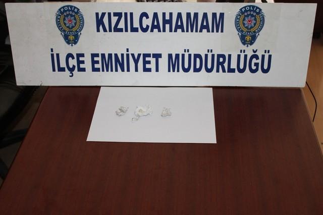 Polisin şüphelendiği araçtan uyuşturucu çıktı