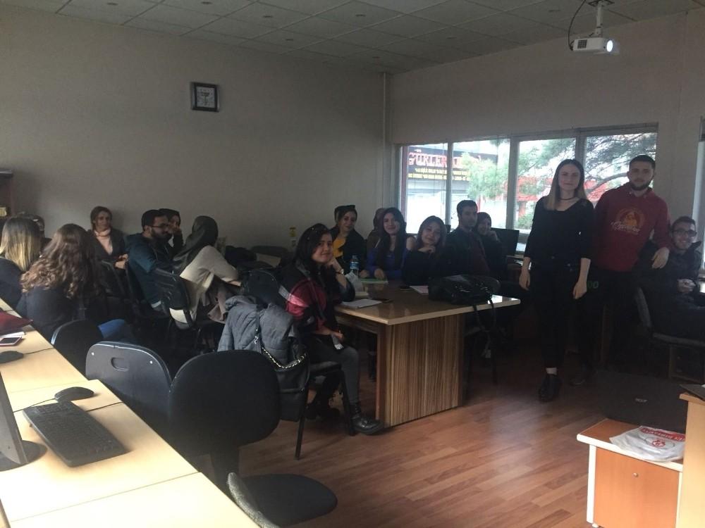 Şaphane'de İngilizce kursları sona erdi