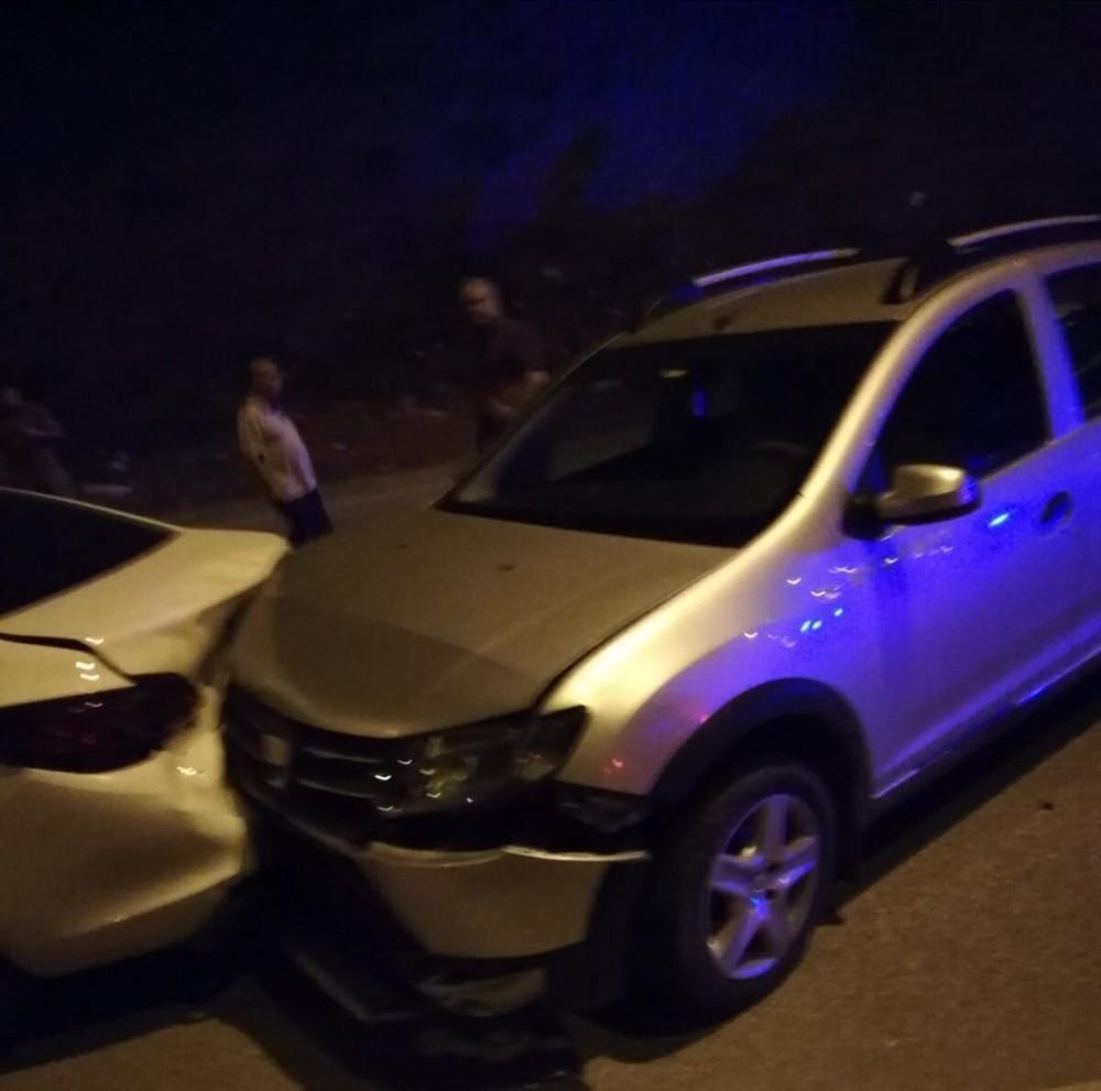 Hatay'da zincirleme kaza, 9 araç birbirine girdi