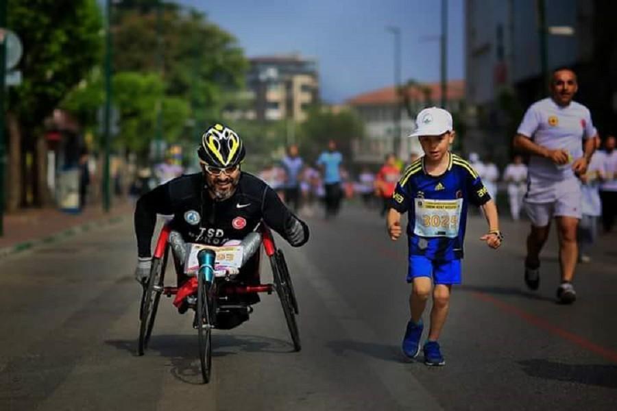 Engelli milli maratoncu Finlandiya'da Türkiyeyi temsil edecek