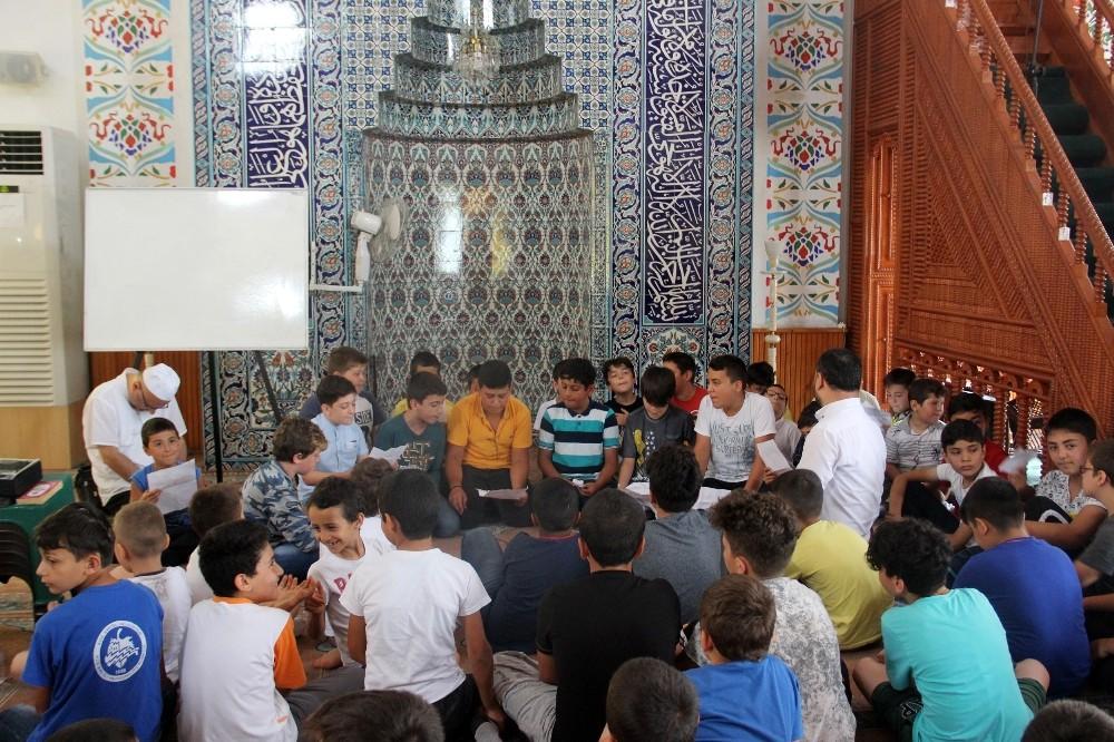 Camide çocuklara 15 Temmuz anlatıldı