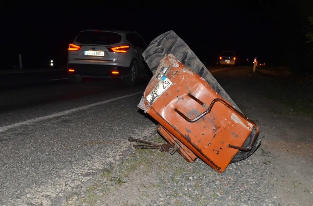 Kastamonu'da traktör ile minibüs çarpıştı: 2 yaralı