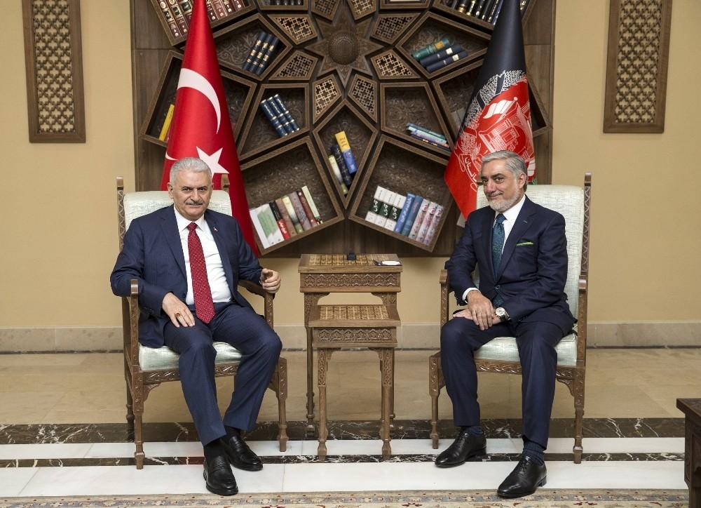 Başbakan Yıldırım, Afganistan İcra Heyeti Başkanı Abdullah ile bir araya geldi