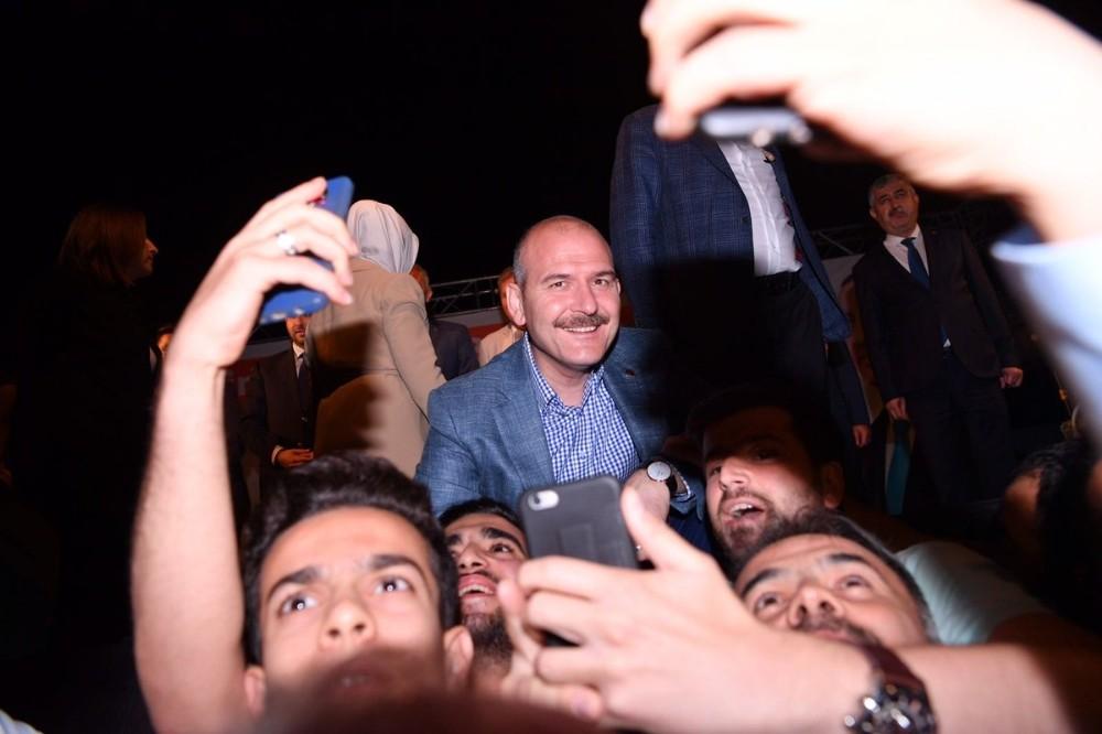Bakan Soylu, Malatya'da sahur programına katıldı