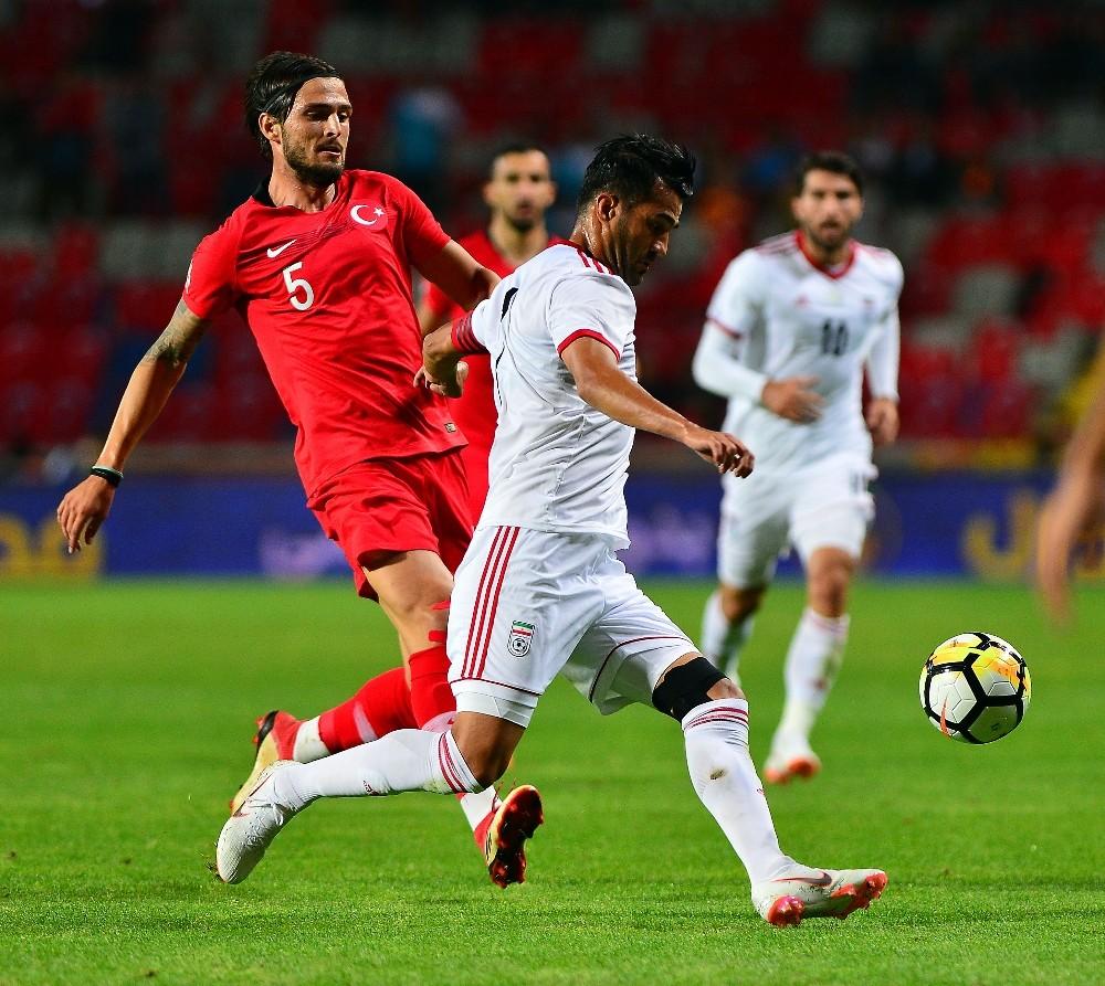 Hazırlık maçı: Türkiye: 1 - İran: 0 (İlk yarı)