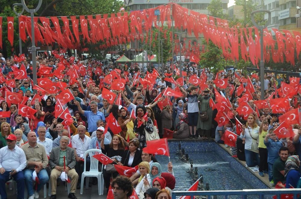 Trabzon'da 15 Temmuz yürüyüşü