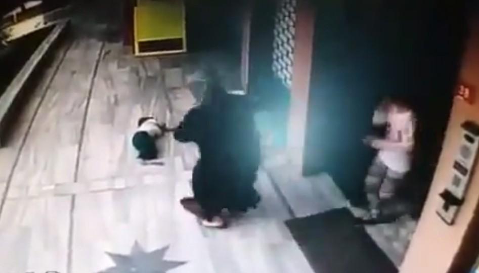 Güngören'de 3,5 yaşındaki çocuk yedinci kattan düşerek hayatını kaybetti
