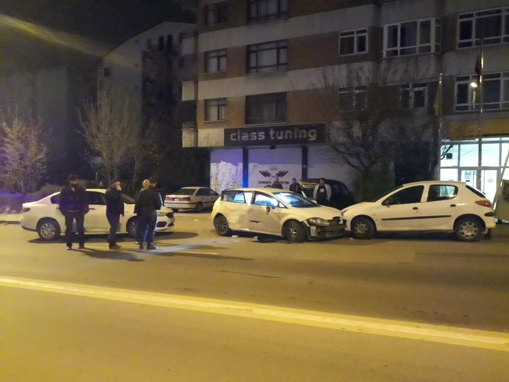 Ankara'da uyuşturucu satıcıları kovalamaca sonucu yakalandı