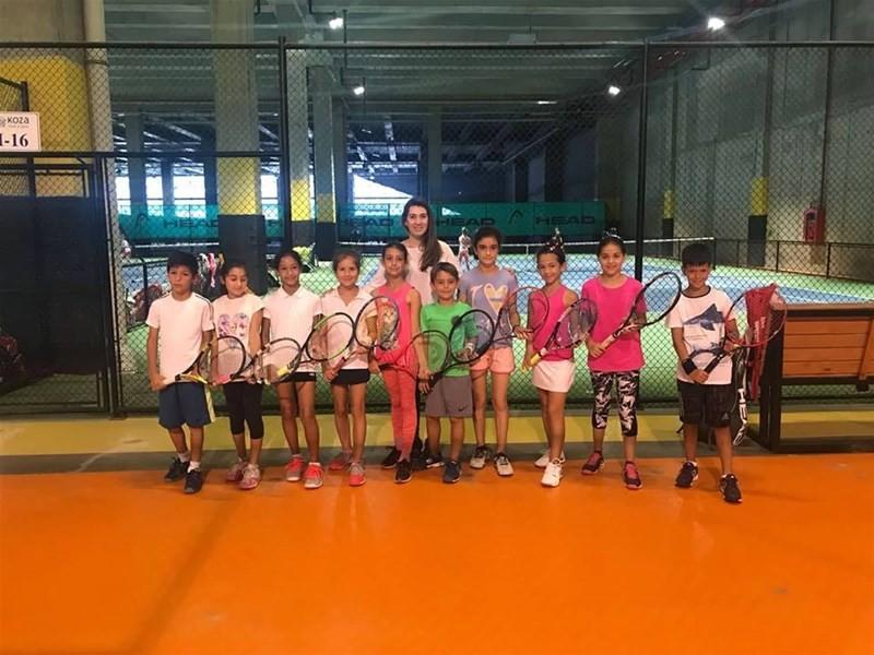 Tekirdağ'ın minik tenisçileri İstanbul'dan başarı ile döndü