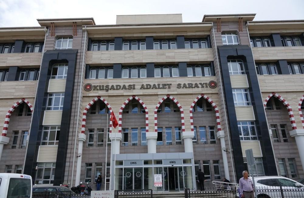 Kuşadası'nda çeşitli suçlardan aranan 6 kişi yakalandı