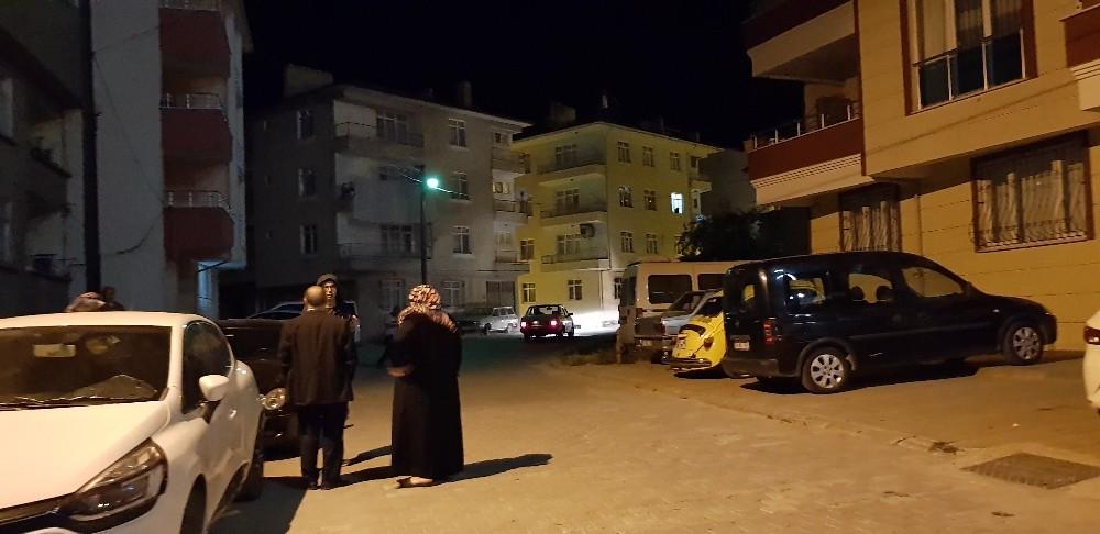Tosya'da deprem paniği