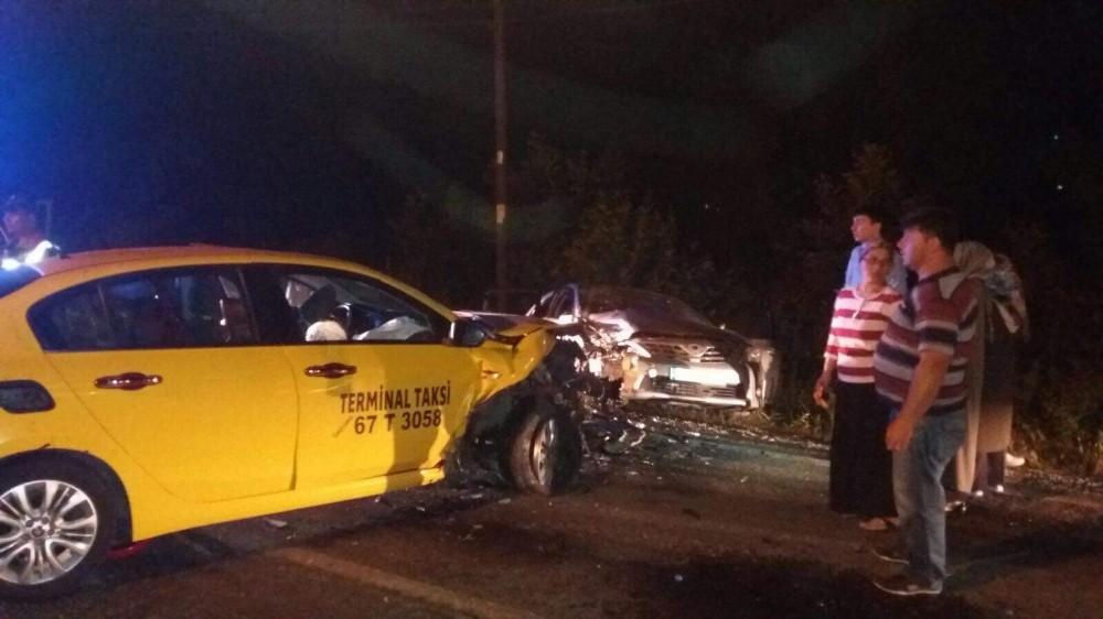 Karabük'te trafik kazası: 6'sı çocuk 9 yaralı