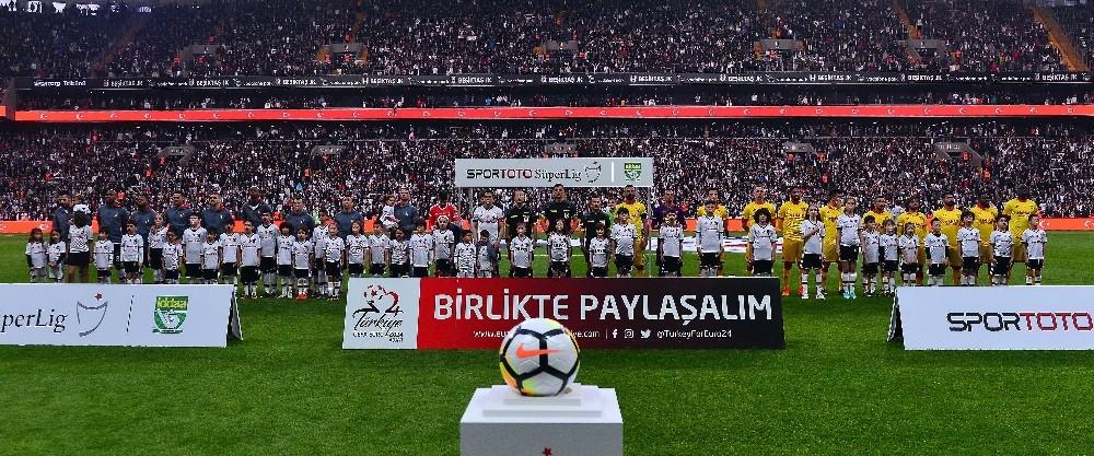 Spor Toto Süper Lig: Beşiktaş: 0 - Göztepe: 0 (Maç devam ediyor)