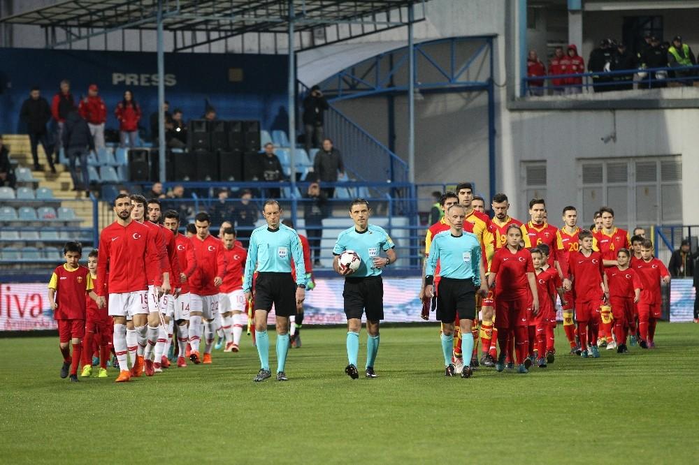 Hazırlık maçı: Karadağ: 1 - Türkiye: 2 (İlk yarı)