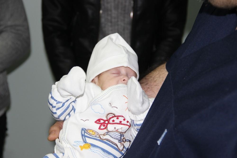 Prematüre bebeğe başarılı beyin ameliyatı