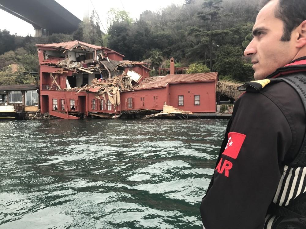 Geminin hasar verdiği yalı böyle görüntülendi