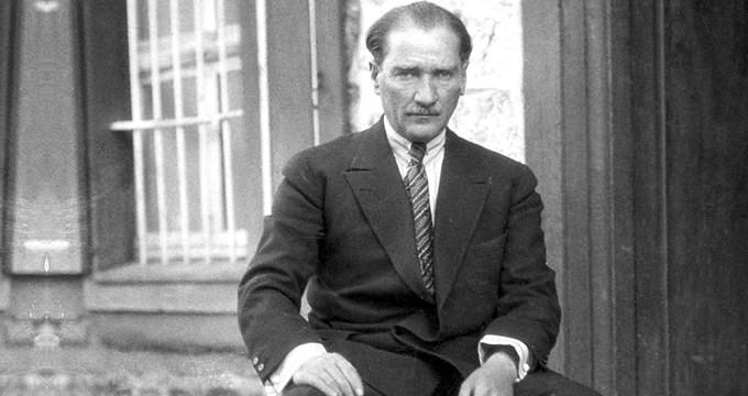 Atatürk'ü Paran İkiye Katlanacak Deyip Dolandırmışlar