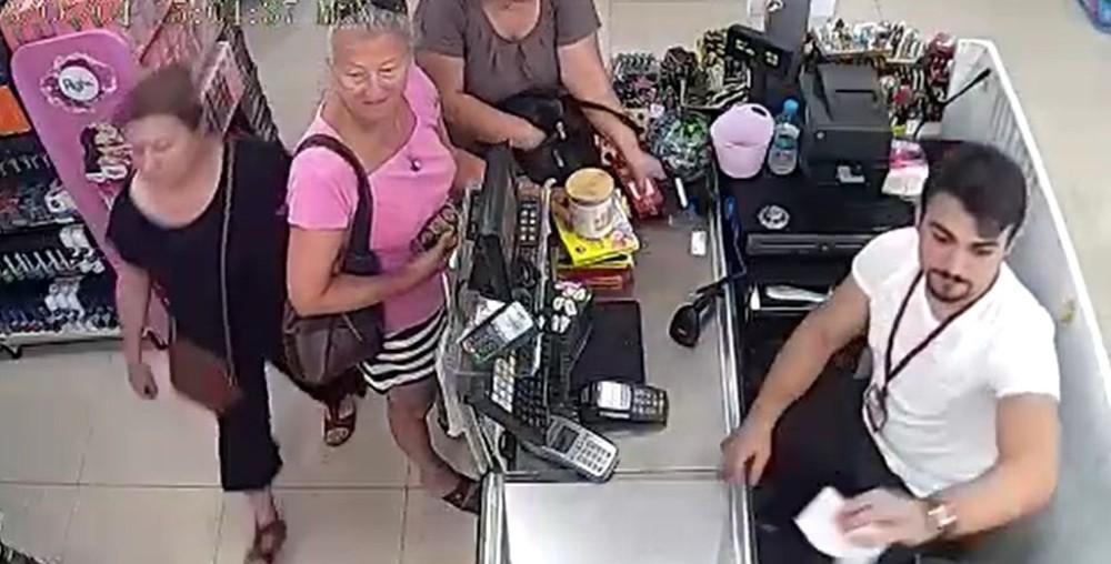 Alanya'daki cep telefonu hırsızlığı güvenlik kamerasında