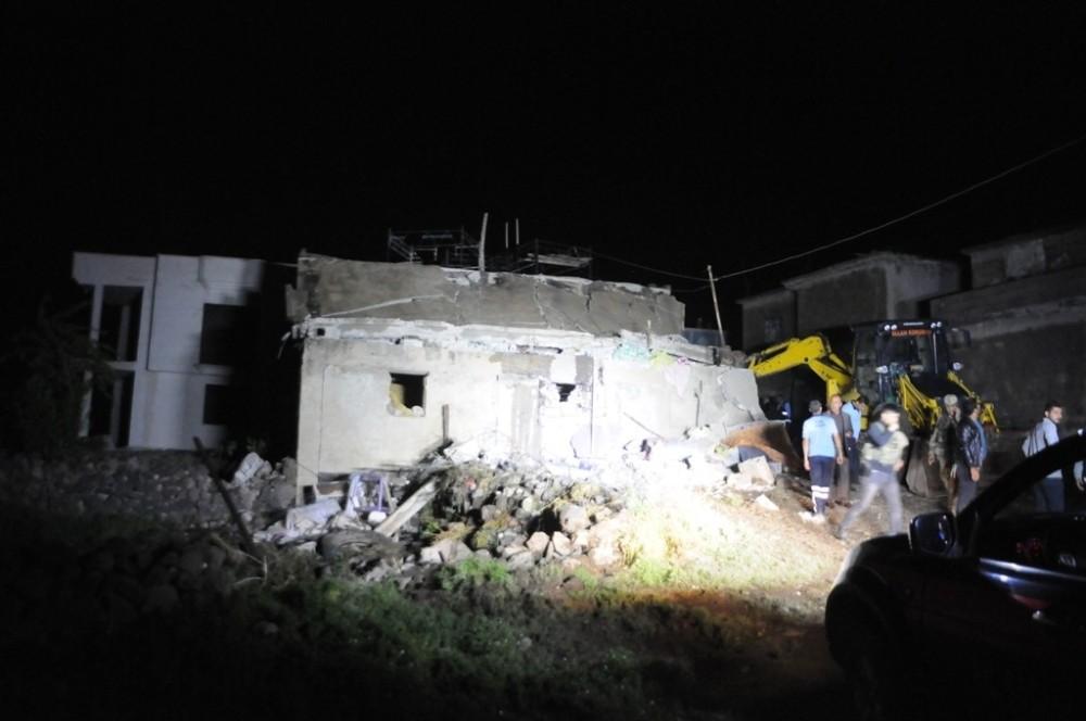 Cizre'de Evde Tüp Patladı 1 Ölü 9 Yaralı