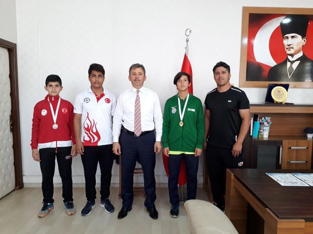 Osmaniyeli Milli Atletten büyük başarı