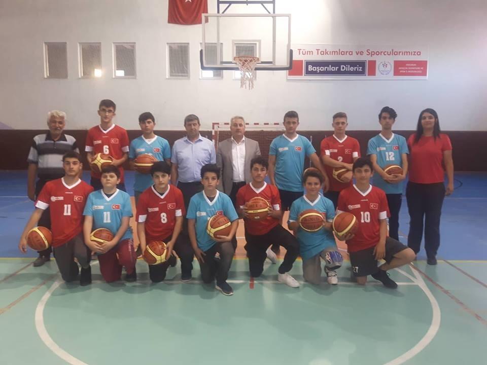 Erzurum spor yapıyor