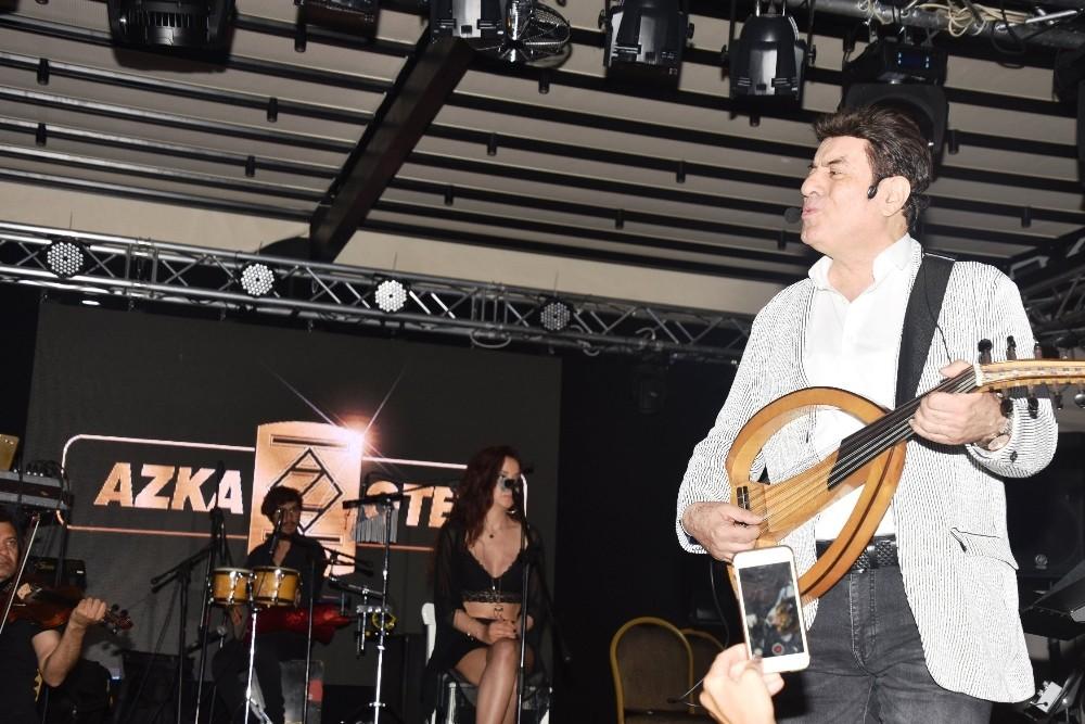 Coşkun Sabah'ın Bodrum konserinde boşandığı eş sürprizi