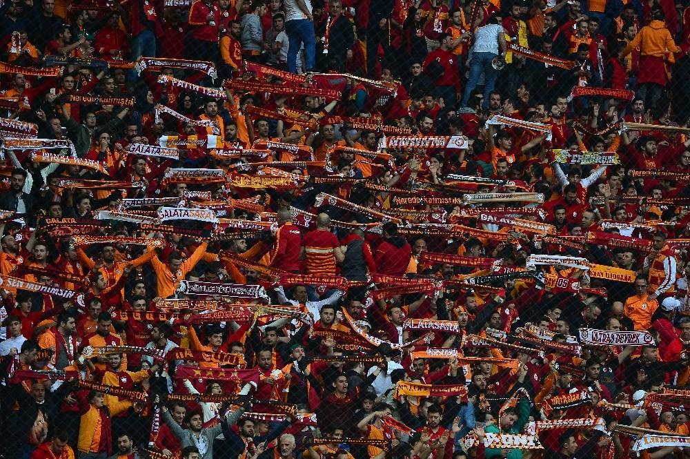Spor Toto Süper Lig: Galatasaray: 0 - Atiker Konyaspor: 1 (Maç devam ediyor)