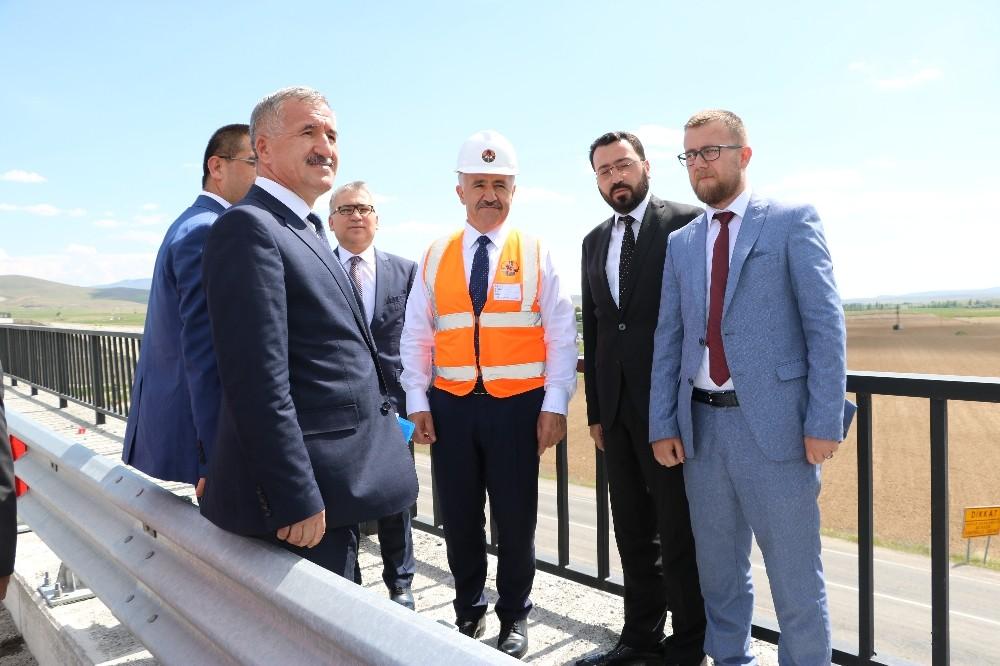 Ulaştırma, Denizcilik ve Haberleşme Bakanı Arslan Niğde'de