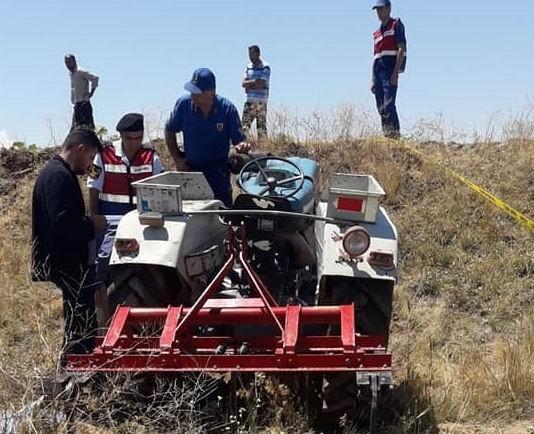 Traktörün altında kalan 1 kişi öldü