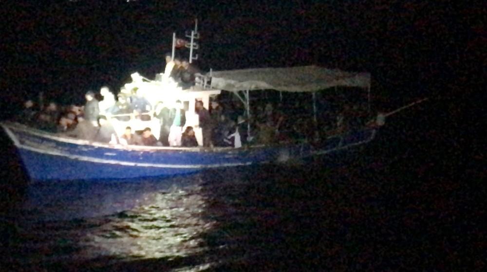 5 ülkenin aradığı göçmen kaçakçısı 112 mülteciyle birlikte Mersin'de yakalandı