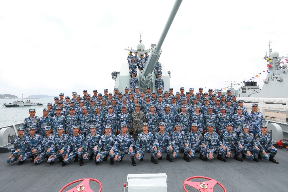 Çin donanmasından gözdağı