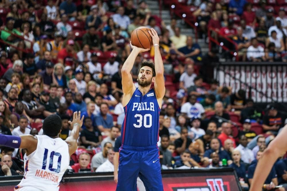 Furkan Korkmaz'dan Phoneix Suns potası 18 sayı