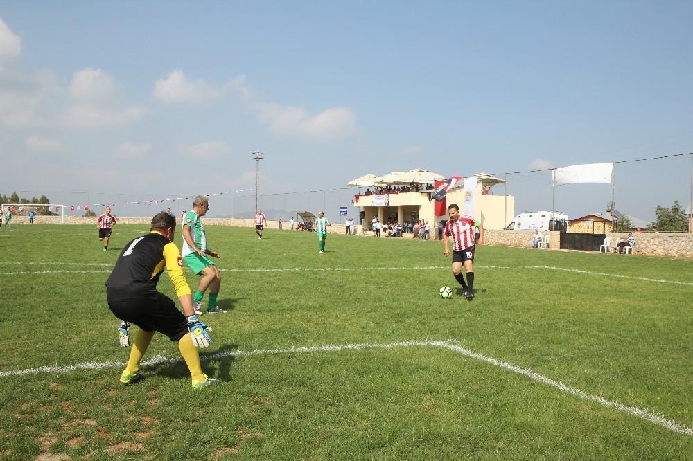 Toroslar'da köyler arası futbol turnuvasının kuraları 28 Mart'ta çekiliyor