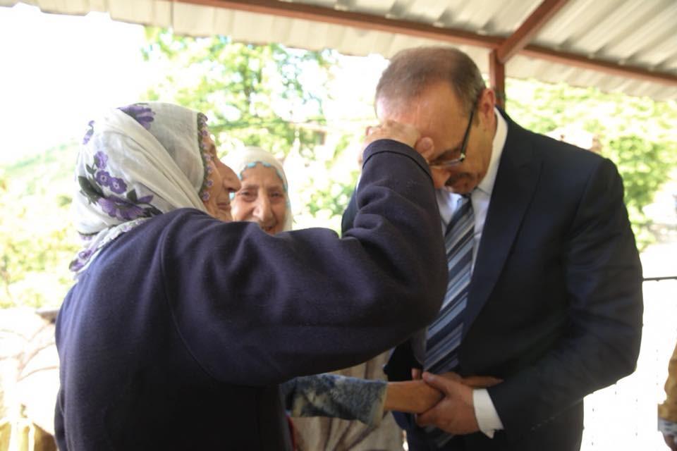 """Vali Yavuz: ″Ordumuzun simgesi olan ninelerimize sağlıklı uzun ömürler diliyorum"""""""