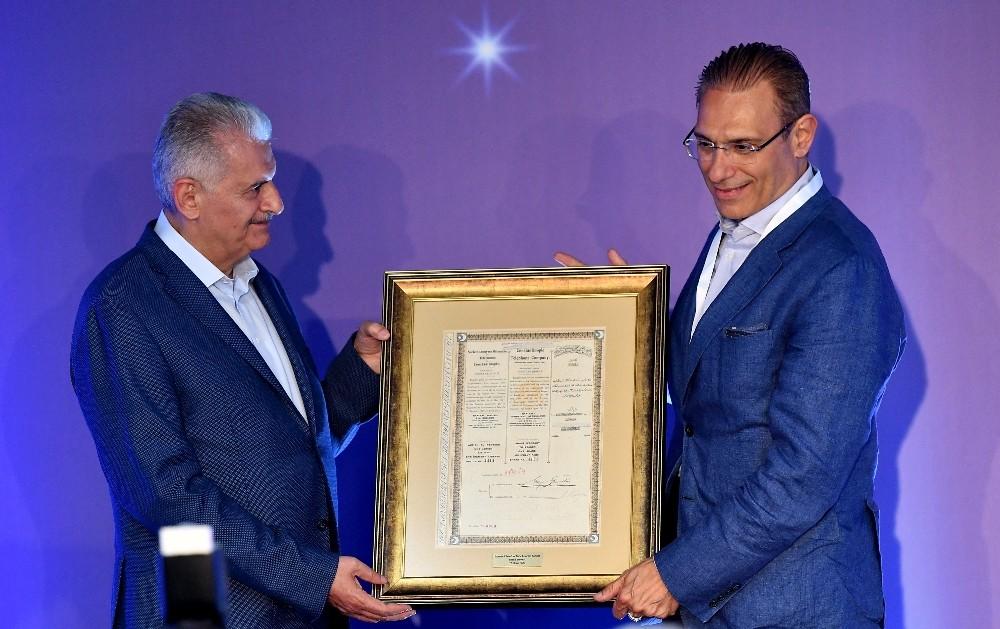 Türk Telekom'un yeni genel müdürlük binasını hizmete açtı