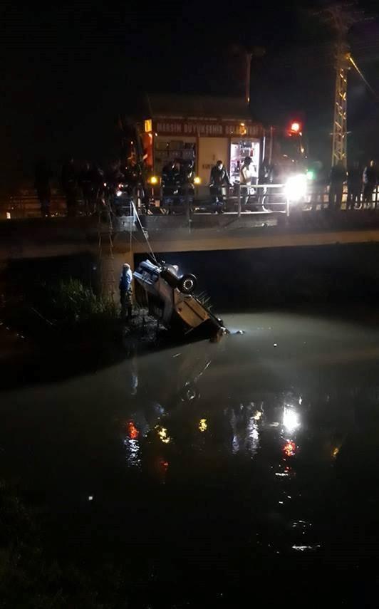 Mersin'de otomobil dereye uçtu: 2 ölü