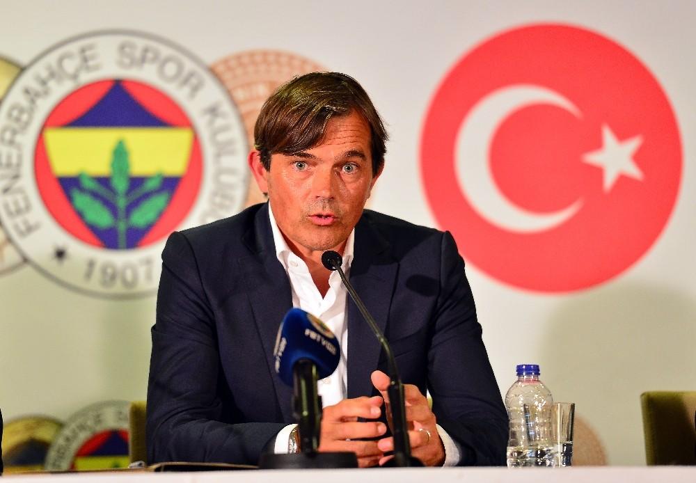 Phillip Cocu: ″Fenerbahçe çalışacak olmaktan onur ve gurur duyuyorum″