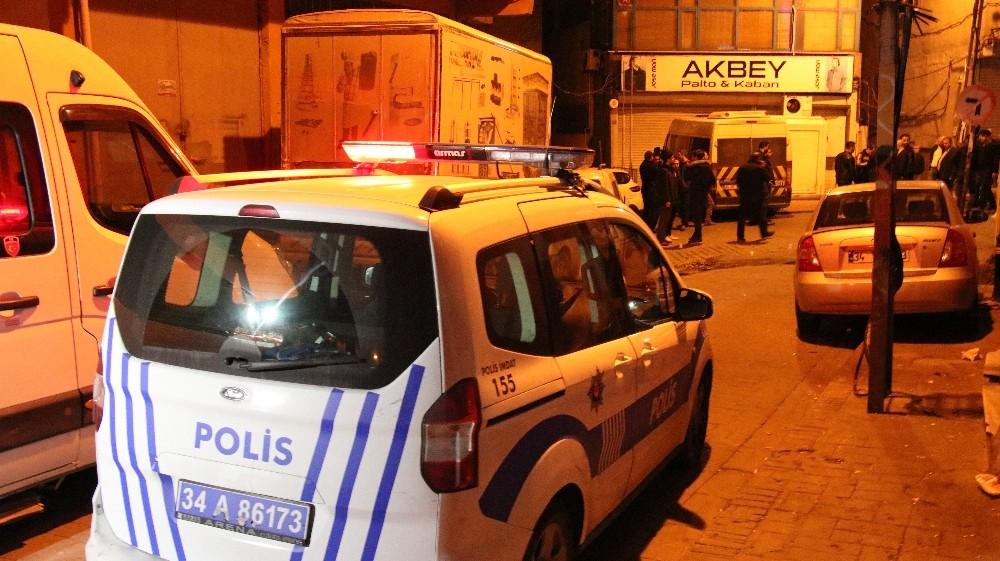 Beyoğlu'nda kahvehaneye silahlı saldırı; 6 yaralı
