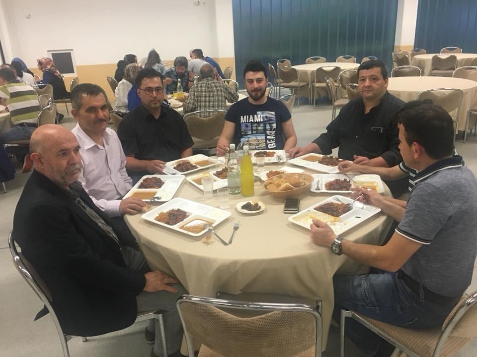 Almanya'daki Karabüklüler iftarda buluştu