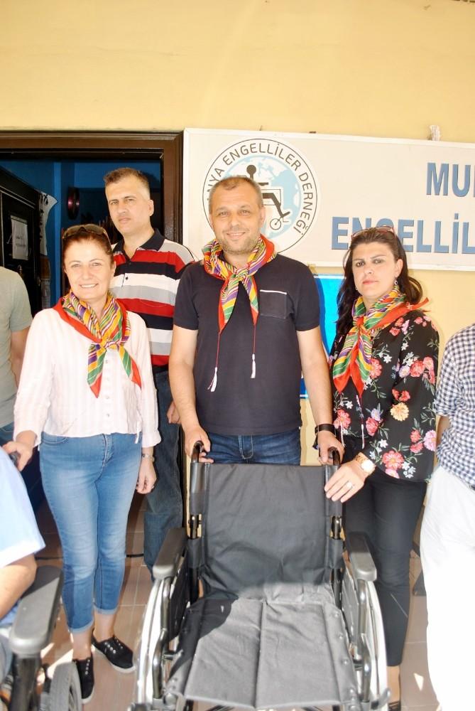 Yörük ve Türkmenlerden engellilere tekerlekli sandalye
